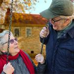 Waar kan je als senior op besparen?