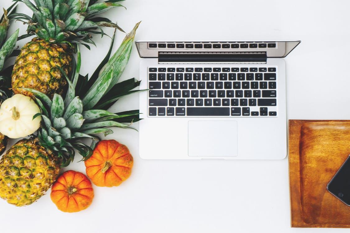 laptop fruit