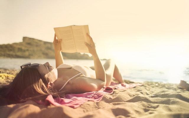Lezen aan zee